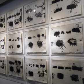 "06 Installation view of ""Ruins Re deconstruction of the Mode of Ink by Li Gang 290x290 - ""Ruins: Re-deconstruction of the Mode in Ink by Li Gang"" Unveiled in Guangzhou"
