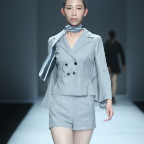20 Work by graduate Huang Yaling 290x290 - Fashion Show of the Graduates of Fashion Design Major of CAFA