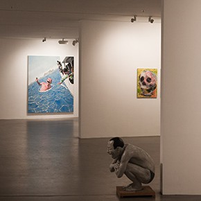 """Big Face – New Works by Yue Minjun"" Debuted at the Art Museum of Nanjing University of the Arts"