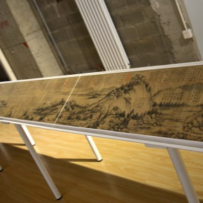 "35 Third floor exhibition hall presents the facsimile of the original ""Dwelling in Fuchun Mountains""1 290x290 - Xu Bing's ""Background Story: Dwelling in Fuchun Mountains"" Opened at Inside-Out Art Museum"