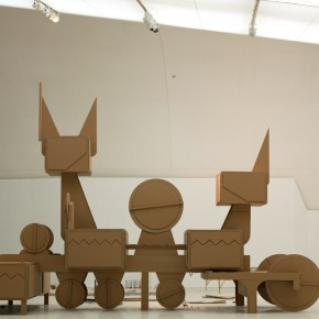 "07 Tang Hui, ""Noble Machine"", honeycomb cardboard, 600 x 1000 x 400 cm, 2014"