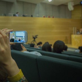 """08 View of the lecture 290x290 - CAFA Lecture Hannes Schmid: The Image Before Being Released and the After – From """"Rock Photography"""" to """"Cowboy Series"""""""