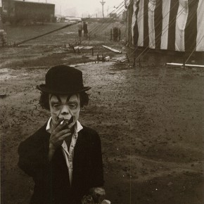 12 Bruce Davison A Dwarf of New Jersey Circus silver print 12 x 8 inch 1958 290x290 - Challenge the Tradition — 20th Century Western Classical and Chinese Contemporary Photography