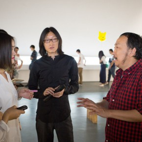 "20 Media guided to visit the Wu Yi's ""Carefree Excursion"" exhibition 290x290 - Carefree • Lofty – Dialogue about the ""Carefree Excursion"" by Wu Yi"
