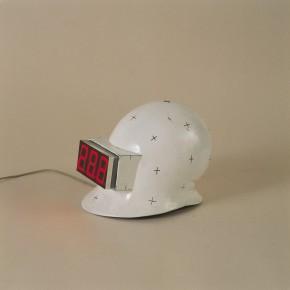 "201 Tang Hui ""Thermometry Helmet"" installation 2000  290x290 - Tang Hui"