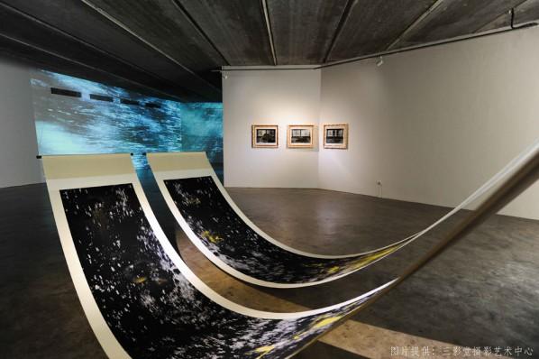 11 Installation View of RongRong & inri - Tsumari Story