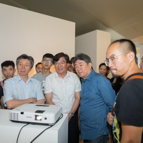 13 Honored guests visit the exhibition 290x290 - Ten Years in One Inspection – CAFA Achievements Exhibition on Experimental Art at CAFAM