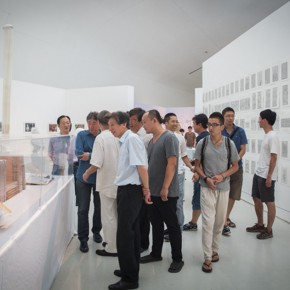 16 Honored guests visit the exhibition 290x290 - Ten Years in One Inspection – CAFA Achievements Exhibition on Experimental Art at CAFAM