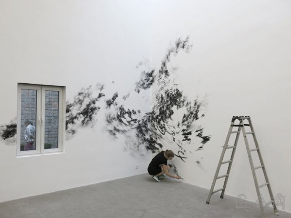 Julia Steiner was preparing for her solo show 01