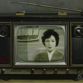 02 Chen Xi Chinese Memories Series Premiere of CCTV News oil on canvas 130x180cm 2008 290x290 - Stein und Statue: Aquarelle von Chen Xi Held at Galerie Schillerstrasse Heidelberg, Germany