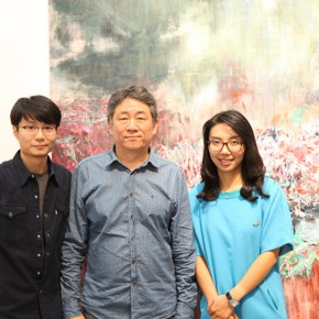 05 From left to right artist Xu Hongxiang, vice President of the China National Academy of Arts Tan Ping, curator Ivy Peng
