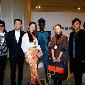 03 Photo of guests 290x290 - Today Art and Fashion Award and Exhibition (TAFA) Inaugurated at Today Art Museum