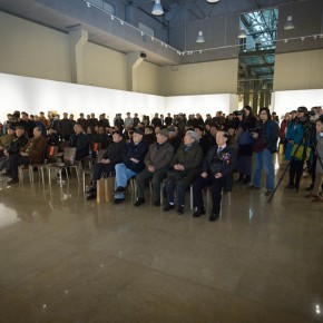 """05 View of the Opening ceremony and honored guests spoke 290x290 - """"Pursuit of Beauty–Wen Lipeng Works Exhibition"""" grandly opened at the Chinese Academy of Oil Painting"""