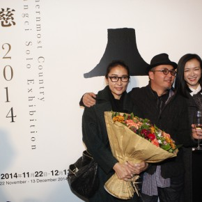 06 Famous Actress Liang Jing the left and famous model and MC Li Ai attended the opening 290x290 - Qu Guangci Solo Exhibition: Northernmost Country Unveiled at Today Art Museum