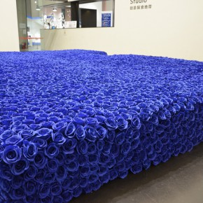 "09 ""Polit Sheer Flowerbed"" installation 290x290 - ""Polit-Sheer-Form: Fitness for All"" Debuted at UCCA to Reconstruct the Socialist Collective Experience"