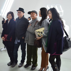 12 Photo with the visitors 290x290 - Qu Guangci Solo Exhibition: Northernmost Country Unveiled at Today Art Museum