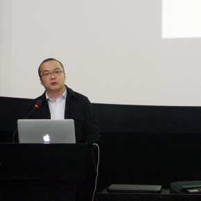 """13 Lan Qingwei Deputy Director of the Museum of Contemporary Art Chengdu 290x290 - """"The 3rd International Forum of New Media Art • Chronology of New Media Art"""" Successfully Held in Sichuan Fine Arts Institute"""