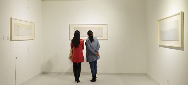 "Borrowing Brush and Ink to ""Edify"" My Sentiment: Du Xiaotong's Exhibition Debuted"