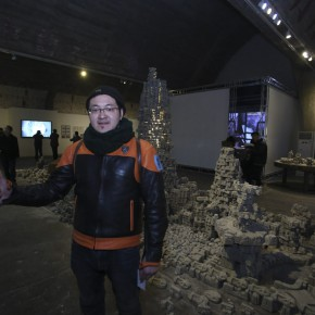 """09 Artist Xu Bacheng and the work """"The Dream Tower"""""""