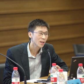 "12 Sheng Wei, deputy Editor-in-Chief of the ""Art"" magazine, the curator of the 2nd CAFAM Future Exhibition"