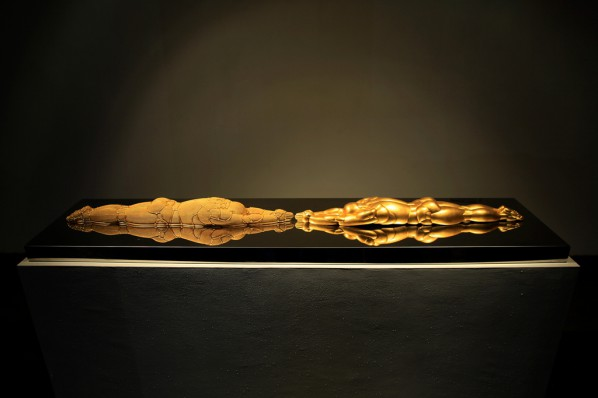Shi Zhongying, Self-Pilgrimage, 2008; Bronze, stainless steel, gold foil, 14x151x8cm