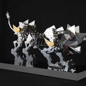 """Hsi Shih Pin Polyhedron Lion 2014 Stainless Steel and Titanium Plating 108x60x227cm 2 290x290 - Soka Art Center announces """"Circus Maximus"""" Hsi Shih-Pin Solo Exhibition opening on March 7"""