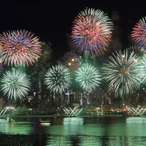 "14""Harmonious and Beautiful China"" themed fireworks show"