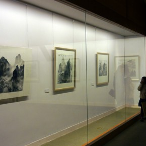 "18 Installation view of the exhibition 290x290 - ""Sweetness and Elegance"" Exhibition Opened at Yanhuang Art Museum Showcasing the Creation of the Young Women"