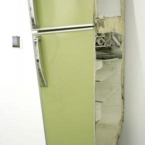 Liu Wei, Refrigerator, 2006; installation, 145x60x45cm