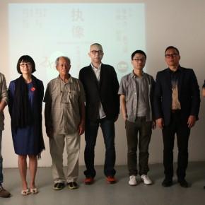 "01 Group Photo of the curator and artists from the left Wang Chuan Huang Lishi Weng Naiqiang Feng Yan Lu Mingjun Ji Zhou and Zhang Dali 290x290 - Multiple Possibilities of Digital Age–""The Persistence of Images: 2×6"" Season I Inaugurated in Guangzhou"