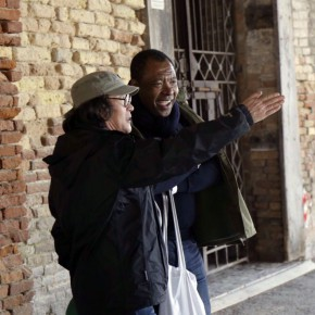 02 Xu Bing talked with Okwui Enwezor Curator of the 56th Venice Biennale 290x290 - Artist Xu Bing's Huge Industrial-scraps Installation to Be Displayed in the Dock of Arsenale, Venice in May
