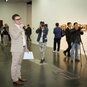 "05 Philip Tinari guided the media to visit the exhibition 290x290 - ""Zhao Gang: The Road to Serfdom"" Opened at UCCA"