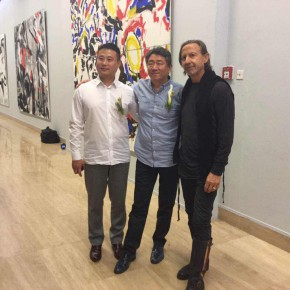 01 From left to right Wang Jie Chairman of Ginkgo Space the artists Tan Ping and Luciano Castelli 290x290 - Oriental Abstraction VS Western Figuration Opened at National Art Museum of China