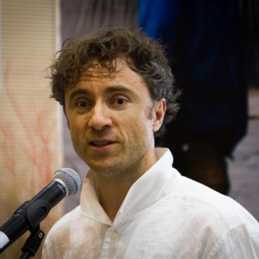 03 Artist Mr. Heatherwick addressed the opening ceremony 290x290 - CAFA Graduation Season|New British Inventors: Inside Heatherwick Studio Opened at CAFA Art Museum