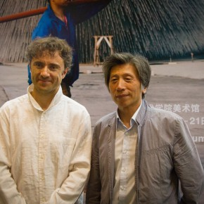 05 Group photo of President Fan Di'an and the artist Mr. Heatherwick 290x290 - CAFA Graduation Season|New British Inventors: Inside Heatherwick Studio Opened at CAFA Art Museum