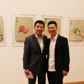 """01 Chen Ping Cultural Counselor of Embassy of the P.R.China in the Federal Republic of Germany left artist Huang Yong right  290x290 - Huang Yong's Solo Exhibition """"Food Game"""" debuted in Berlin, Playing """"Food Game"""" together with Texas Poker"""