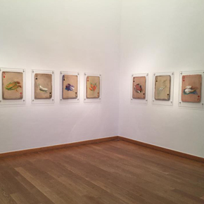 "Huang Yong's Solo Exhibition ""Food Game"" debuted in Berlin, Playing ""Food Game"" together with Texas Poker"