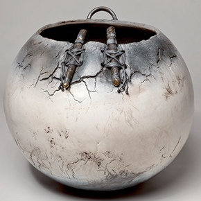 LIULI China Museum presents French ceramist Christine Fabre's first solo exhibition in Asia