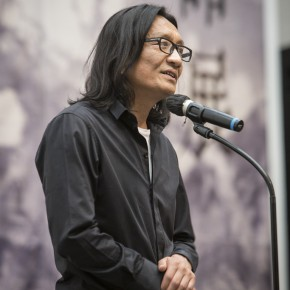 """03 Su Xinping addressed the opening of Landscapes with Ritualistic Practices Su Xinping Solo Exhibition 290x290 - Dialogue with Time and Space: Su Xinping's """"Landscapes with Ritualistic Practices"""" Unveiled at Guangdong Museum of Art"""