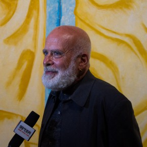 """04 Francesco Clemente was interviewed by the media 290x290 - The First Leap of Global Vision: The Fifth """"Art Changsha"""" was inaugurated"""
