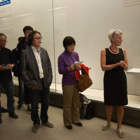 """09 The media was guided to visit """"Diamond Leaves the 2nd Exhibition of Artists' Books Around the World""""  290x290 - Transformation of Printed Books: """"Diamond Leaves–the Second Exhibition of Artists' Books from around the World"""" unveiled"""