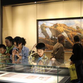 "21 Exhibition view of ""The Temperature of History""  290x290 - The Centurial Academy and Centennial Oil Paintings: ""The Temperature of History"" was debuted in Nanjing"