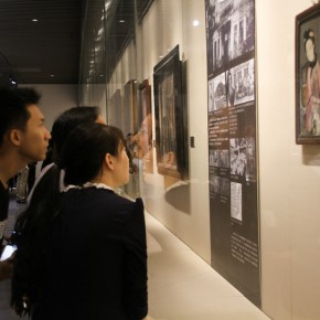 "22 Exhibition view of ""The Temperature of History""  290x290 - The Centurial Academy and Centennial Oil Paintings: ""The Temperature of History"" was debuted in Nanjing"