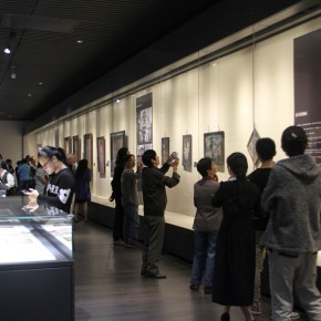 "23 Exhibition view of ""The Temperature of History""  290x290 - The Centurial Academy and Centennial Oil Paintings: ""The Temperature of History"" was debuted in Nanjing"