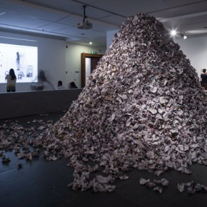 """27 Su Xinping A Pile of Papers Used to Wipe Brushes 260cm high 290x290 - Dialogue with Time and Space: Su Xinping's """"Landscapes with Ritualistic Practices"""" Unveiled at Guangdong Museum of Art"""
