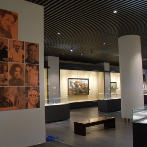 "43 Exhibition view of ""The Temperature of History""  290x290 - The Centurial Academy and Centennial Oil Paintings: ""The Temperature of History"" was debuted in Nanjing"