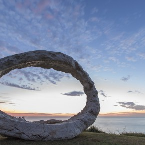 Peter Lundberg, open, Sculpture by the Sea, Bondi 2015. Photo Gareth Carr
