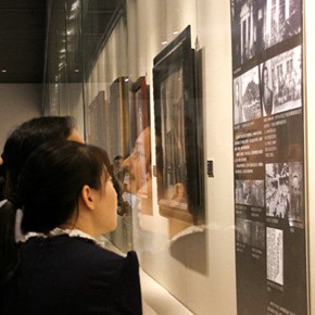 "The Centurial Academy and Centennial Oil Paintings: ""The Temperature of History"" was debuted in Nanjing"