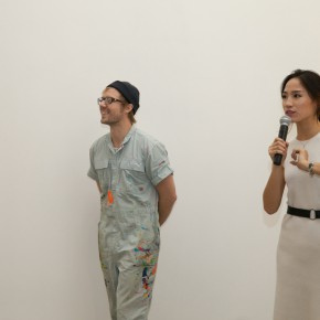 05 Artist Brian Hinman and Director Liu Linyao 290x290 - Sishang Art Museum brought the double solo exhibitions overseas as the last exhibition of 2015