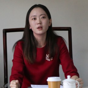 "05 Diao Tingting Party Secretary of the school Head of Disciplinary Inspection of the activity was at the press conference 290x290 - ""The High School Affiliated to CAFA the First Green Apple Sketches, Creation and Chinese Calligraphy Award"" is Announced"